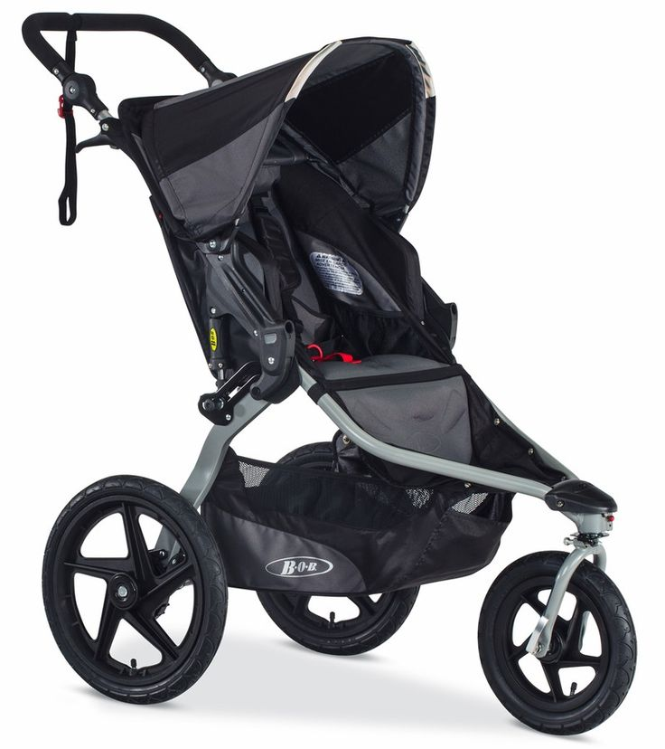 The versatile BOB Revolution FLEX stroller performs well both as a jogging stroller and as an all-terrain stroller suitable for any setting—from the city to the park to the beach. The swiveling front