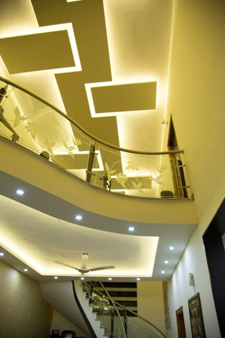 Creative modern geometric ceiling design wiith recessed lighting False ceiling designs : by Bonito Designs Bangalore