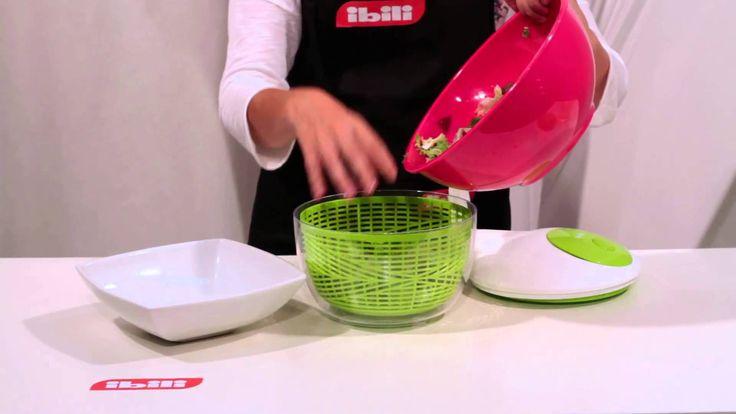 Centrifugadora Essential - IBILI - Salad Spinner Essential. Centrifugadora de ensalada Essential, antideslizante y con freno. Fuerte, resistente y funcional. Salad Spinner Essential, non-slip + break. Strong, resistant and functional.