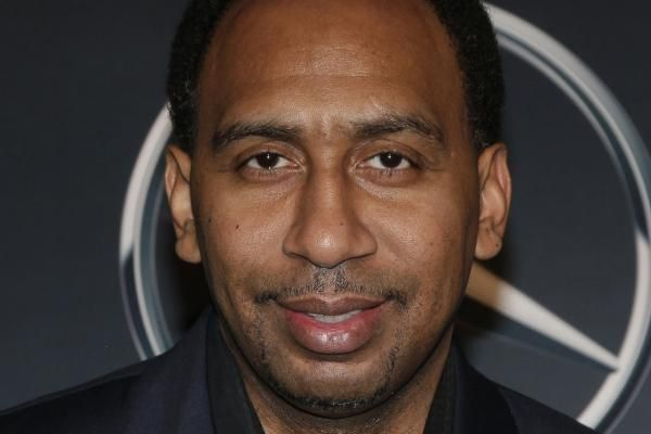 June 24 (UPI) — Lamar Odom's attorney sent a letter to ESPN Friday, regarding Stephen A. Smith's comments last week. Smith spoke about Odom Wednesday on ESPN's First Take. He was criticizing New York Knicks president Phil Jackson when he brought up the two-time NBA... - #Lamar, #Lawyer, #Letter, #NBA, #Odom, #Retired, #Send, #Star, #TopStories