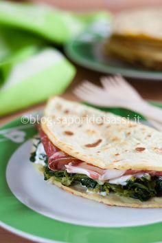 Crepe salata con spinaci, stracciatella e capocollo