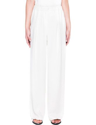 Smooth Twill Pleat Front Wide Leg Pant