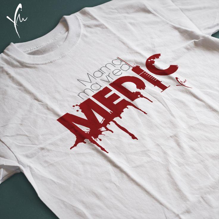 Sanatate! Tricou cu text imprimat: Mama ma vrea Medic Il gasiti la http://ya-ma.ro/produs/mama-ma-vrea-medic-tricou/