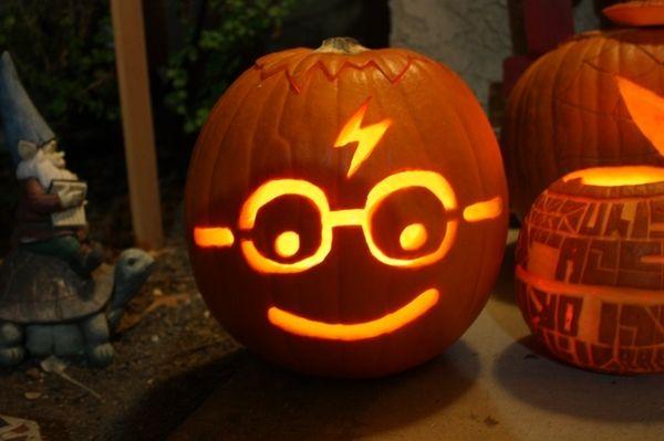 harry potter pumpkin face pumpkin carving ideas Halloween decor