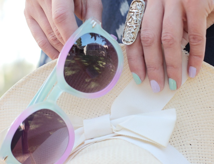 those nails and those shades!: Nails Colors, Pastel Shades, Fun Pastel, Behabik Blog, Pastel Nails, Fashion Inspiration, Pastel Sunglasses, Fashion File, Purple And Blue