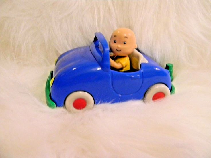 CAILLOU Pullback Car Toy and Articulated Figure Doll Lot of 2 #Unbranded