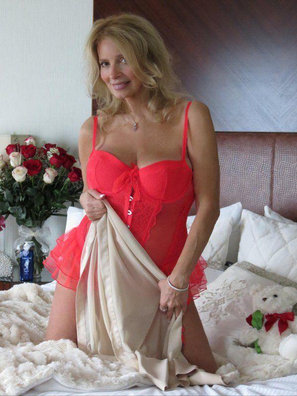 Paradise tan erotic massage illinois