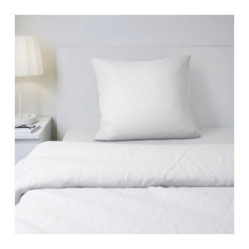 GÄSPA Taie d'oreiller IKEA Satin de coton tissé pour un linge de lit doux au toucher, avec un aspect soyeux pour agrémenter votre lit.