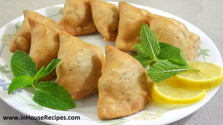Aloo Samosa Recipe - Hindi With English Subtitles