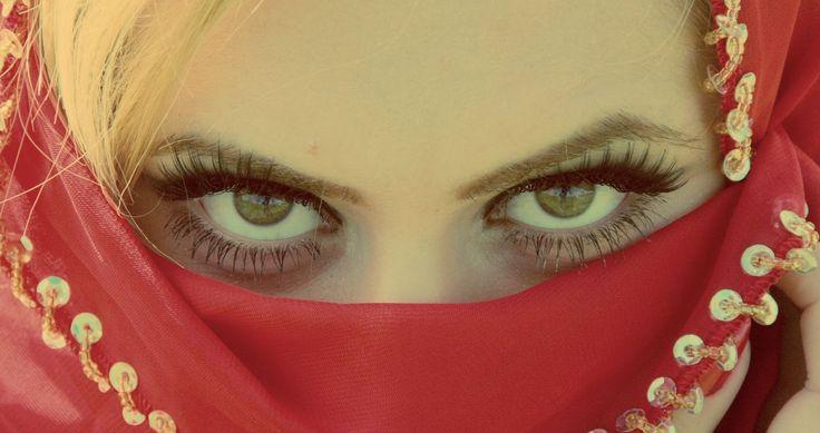Revista Belleza: Rejuvenece la piel: 4 secretos de las mujeres árabes