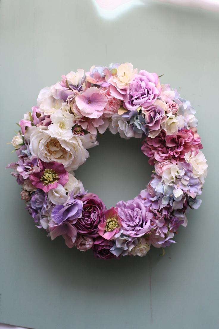 Purple wreath-grape jamboree?