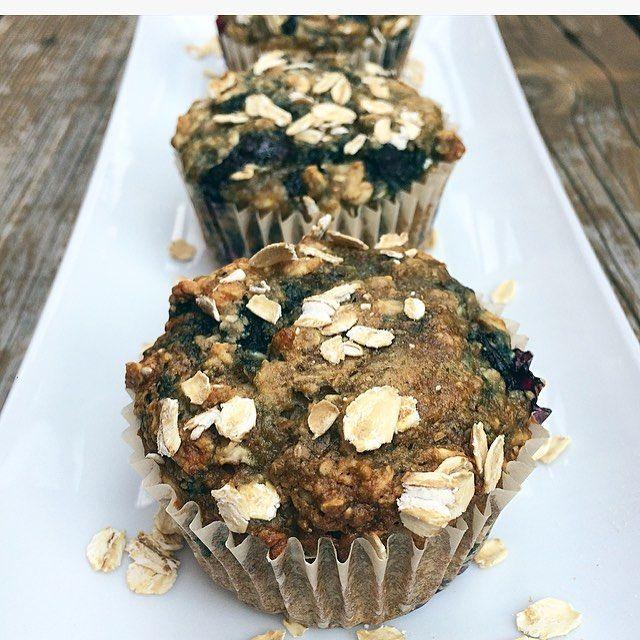 Muffins aux bleuets full bons full santé Muffins aux bananes, muffins aux carottes, muffins au citron ou muffins aux bleuets … Gourmande comme je suis, j'ai b