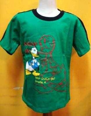 10% off for this stuff till may 31st,2013 Kaos donald Hijau Product : Boy's Tee Material : Cotton Colour : Green Ages : 10-11T Rp 55.000,-