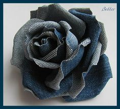 Текстильные фантазии и не только: Розы из джинсовой ткани                                                                                                                                                     More
