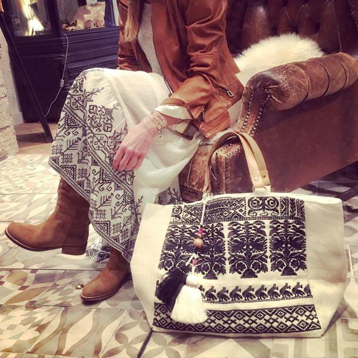 Look #BOHEME #CHIC / Esprit #BOHO / Eté 2016 Jupe & Cabas Star Mela, Bottes…