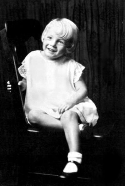 Celebs before they were famous. Marilyn Monroe as a child.