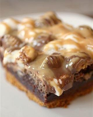 Chocolate Reese's Peanut Butter Cup S'mores Brownies