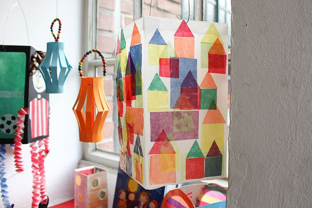 Gorgeous buildings design lantern for St Martin's Day. image from Flickr. #Lanternenumzug #Germany