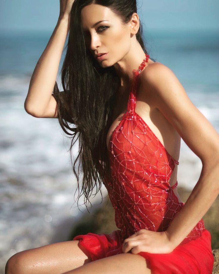 https://www.pinterest.com/RSalpagarova/regina-salpagarova-fashion-pictures-hollywood/