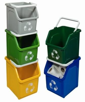 A compact recycling station with this unique design of stackable recycling bins that are so compact they hardly take up any floor space.  Lightweight, sturdy and strong, these space efficient bins are designed to stack as high as you like and have slanted openings for easy access.  They also make useful storage containers for use in tight spaces and have 'easy on the hands' carrying handles.  22 litre capacity.  Dimensions: 36 x 27.5 x 32 cm.  Colours: Blue, Forest Green, Green, Grey and…