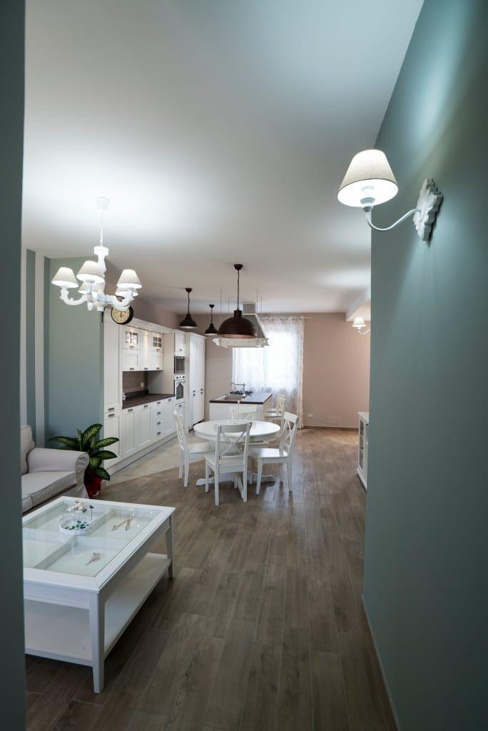 Oltre 25 fantastiche idee su appartamento shabby chic su for Piani di casa in stile rustico
