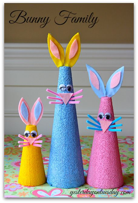 Easter Bunny Cone Family: Create darling bunnies out of FloraCraft Styrofoam cones. Part of the #CraftyHangouts series. #spingHOA #eastercraft #eastercrafts #bunnycrafts #yesterdayontuesday