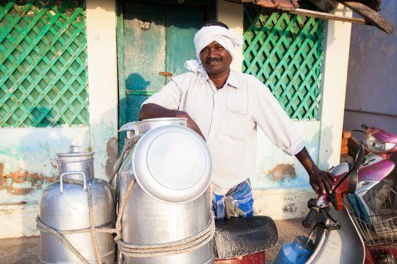 Chai Wallah in Kanyakumari, Tamil Nadu, India. © Kyla Bailey Photography, 2014.