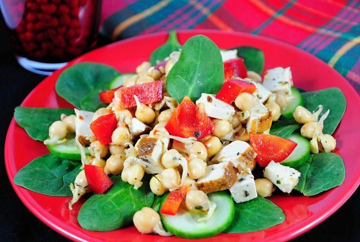 Cizrnový salát se špenátem a tofu