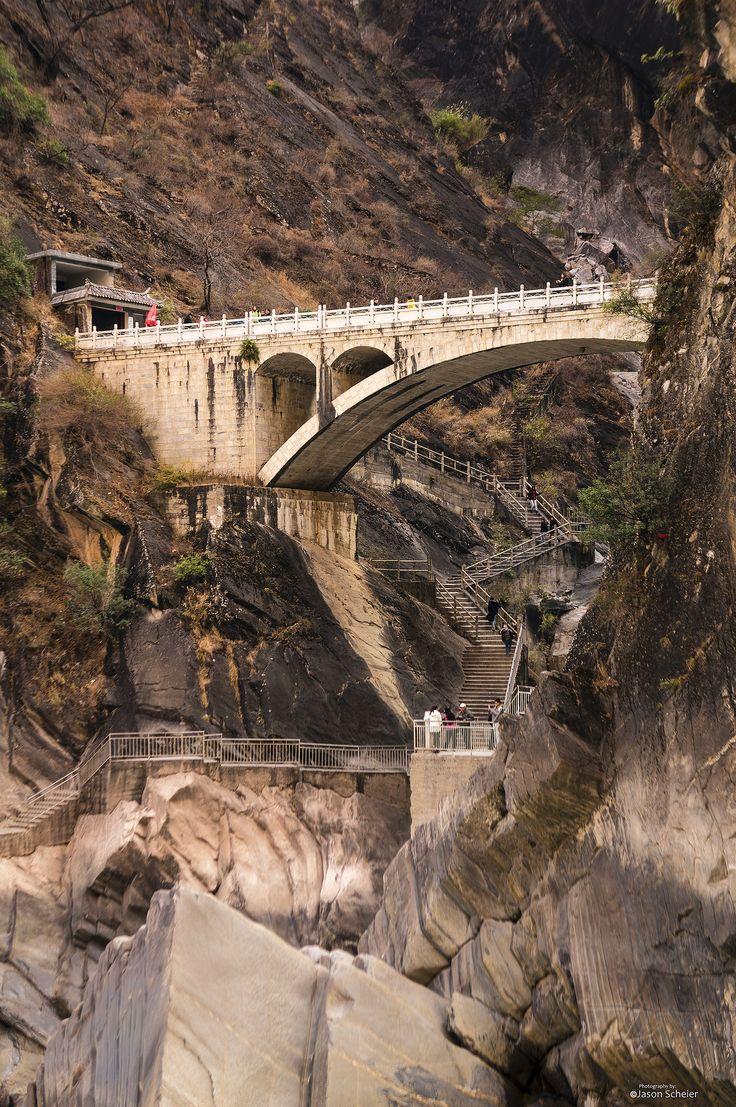 https://flic.kr/p/jagHL3   Tiger Leaping Gorge