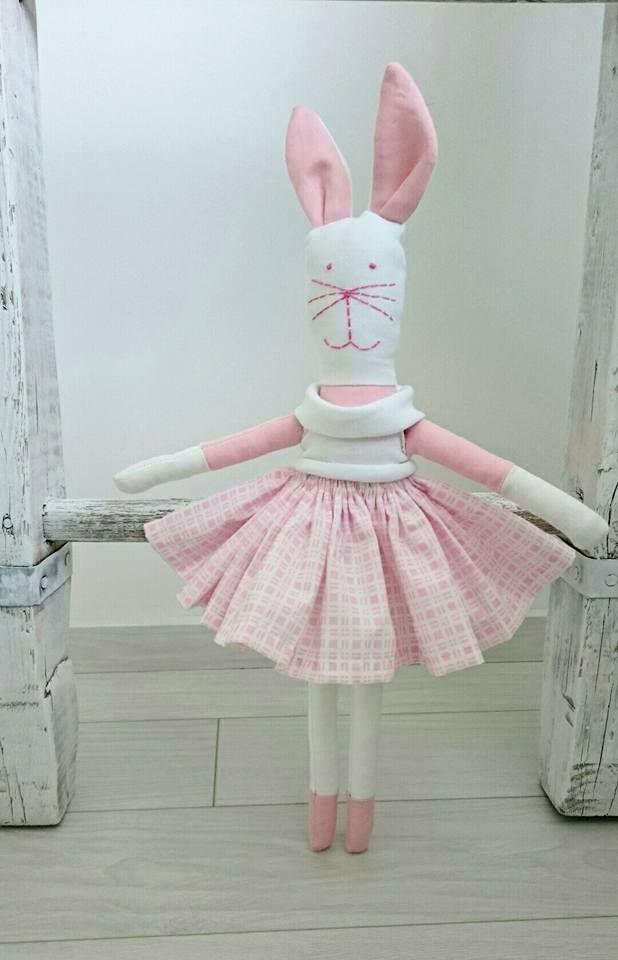 Nyúl varrás, húsvét, gyerekjáték...Rabbit sewing, easter, child's play