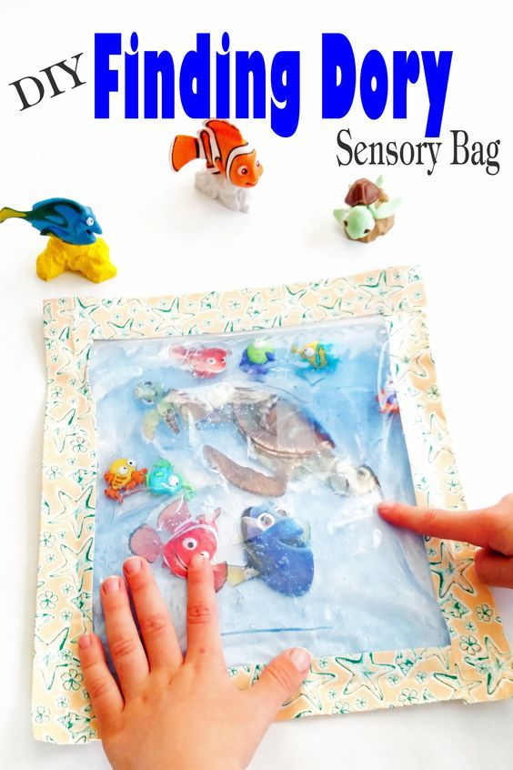 Super easy diy finding dory sensory bag is perfect as a for Finding dory crafts for preschoolers