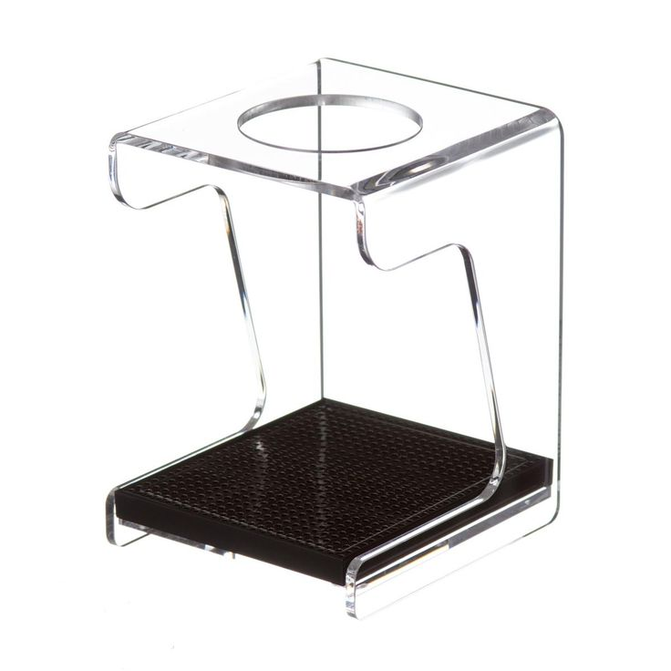 Such a beautiful way to set up your home pour over bar! The drip station holds the dripper on top and a server or mug below, plus it can be set atop the Hario scale for a completely pro brewing setup. Hario V60 Drip Station - Lizzy's Fresh Coffee $49.95