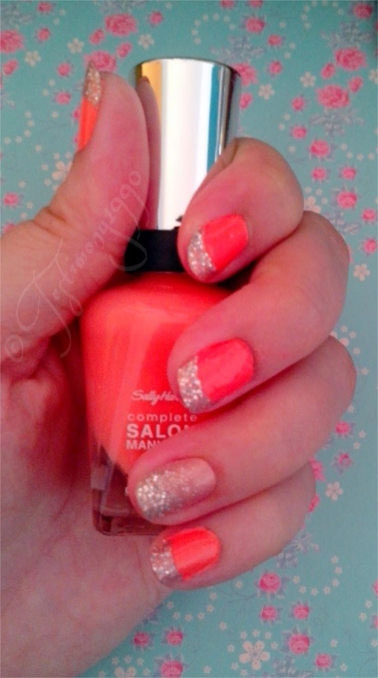 #Broadway #Nails #Nagelsticker im #Test #Nagellack #Sally #Hansen