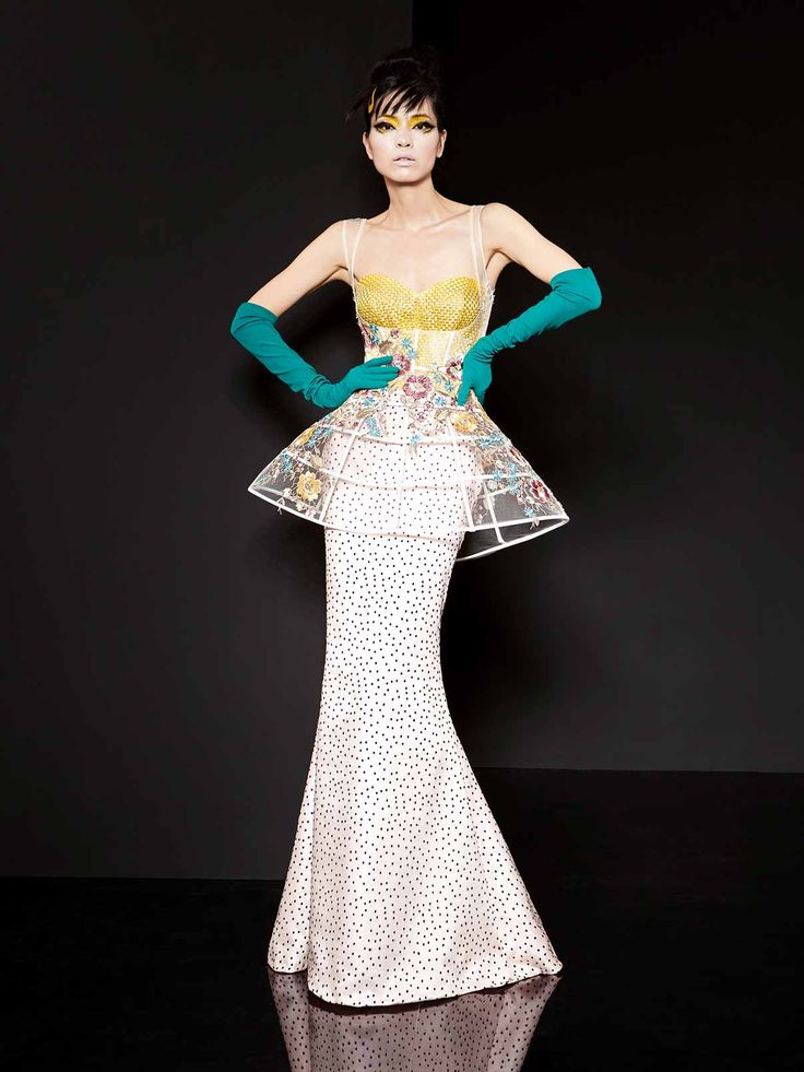 51 best images about yolan cris haute couture on for Hot couture fashion