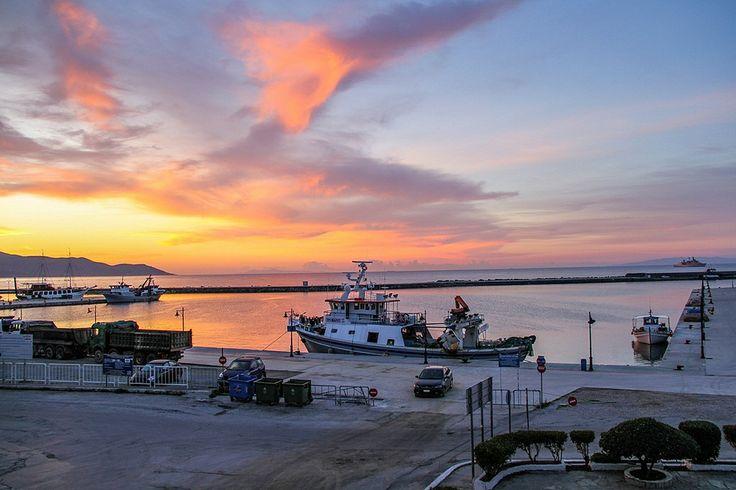 Sunrize in Karystos Port | Flickr – Compartilhamento de fotos!