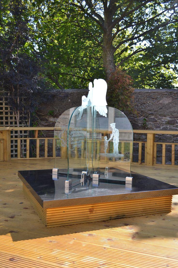 Garda Memorial Garden centrepiece - engraved flat glass with angel by G.Sullivan