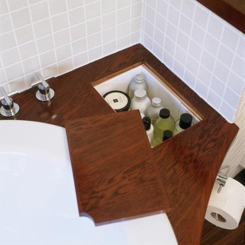 rangement secret salle de bain