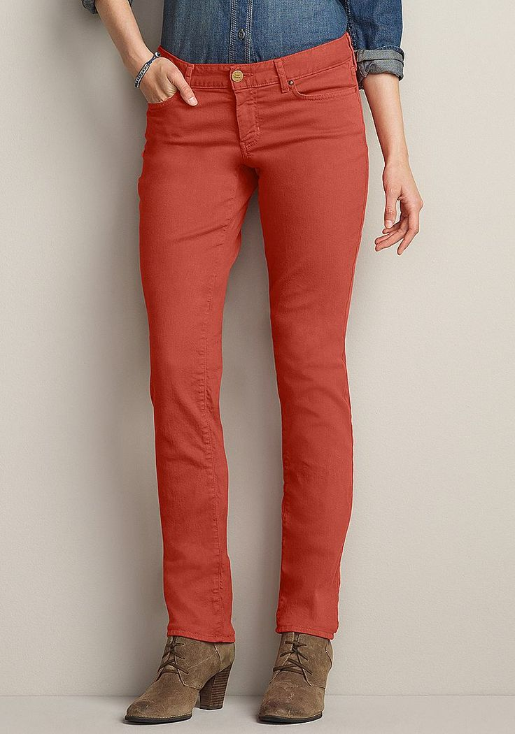 Für die feminine Figur, Bund unterhalb der Taille, Gerades Bein,  Unsere beliebte Jeans gibt es jetzt in neuen, frischen Herbstfarben. Modern geschnittener Five-Pocket-Stil. Der Elasthananteil sorgt für eine optimale Passform.  98% Baumwolle, 2% Elasthan.  Maschinenwäsche.  Fußweite ca. 37 cm, Schrittlänge ca. 84 cm.  US-Größen....