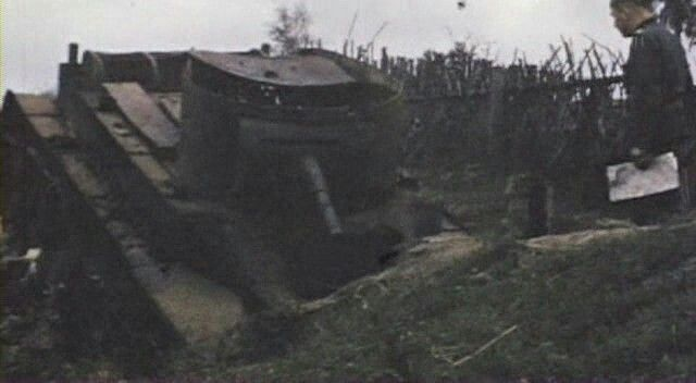 Soviet tank destroyed near Smolensk 1941 - color photo, pin by Paolo Marzioli