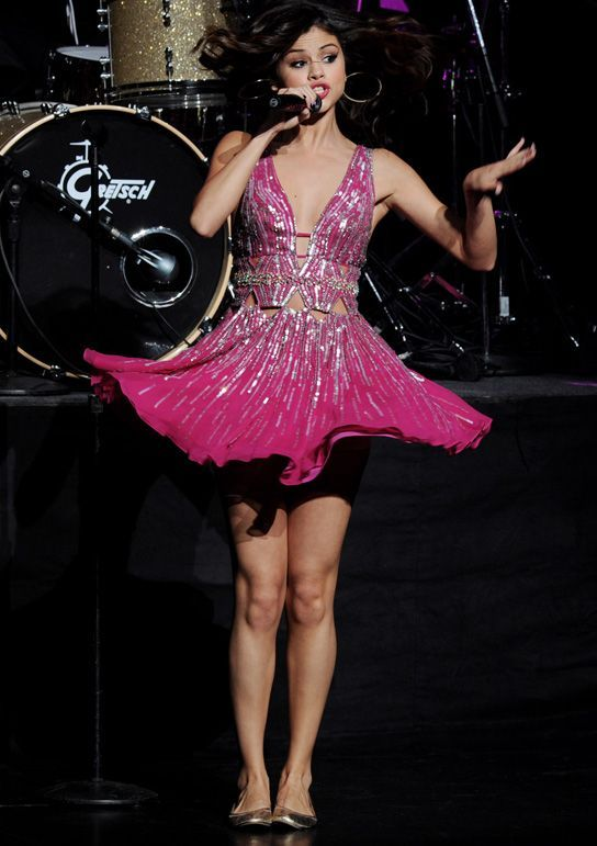 selena gomez concerts    selena-gomez-concert-for-hope-2011-02 « Fashion Mania – Teen ...