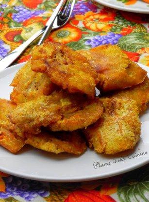 Et la vie était belle... Les bananes pesées (banan peze en créole haïtien, et haitian fried plantains en anglais) sont un plat traditionnel haïtien, compos
