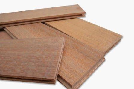 Pemasangan lantai kayu engginerr ada 2 tekhnik,yang pertama hampir sama dengan lantai kayu laminated cuma di tiap2 kunciannya dikasih lem ,yang ke-2 pemasangan diatas multiplek,dan masing lempengan lantai kayu dikunci m