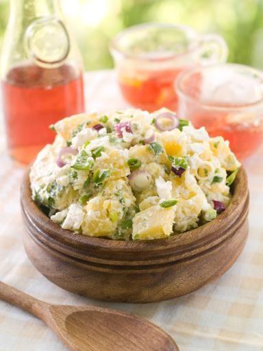 mayonnaise, pomme de terre, oignon, cornichons, vinaigre, sel
