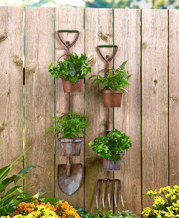 Rustic Metal Shovel Pitchfork Garden Tool Hanging Planters 2 Flower Pots Fence Country Garden Decor Rustic Planters Traditional Gardening Tools