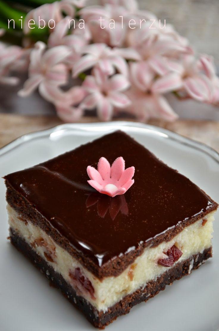 niebo na talerzu: Łatwe ciasto. Kokosowe ciasto z czekoladą.