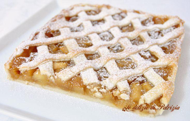 Crostata con mele caramellate e cannella