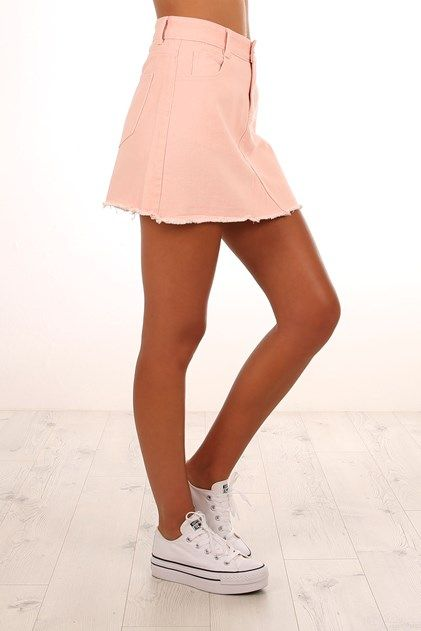 On Wednesdays Skirt Pink
