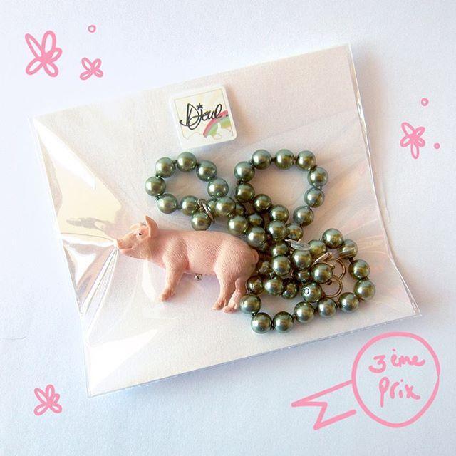 """3ème prix :le collier Ouink-Ouink, tout premier bijoux de la marque, d'une valeur de 35€ de la collection """"les Animaux de la Princesse"""" ♡ Pour participer c'est ici : https://www.facebook.com/media/set/?set=a.946483402060470.1073741835.110846638957488&type=3  http://www.facebook.com/djoul.bijoux  #collier #nakelace #cochon #pig #princesse #animal #concours #facebook #contest #merci ♡ #thankyou #DjoulBijoux ✨ #bijoux #jewelry #joyas #gioielli#Schmuck#bijuterii #ジュエリー ✨"""