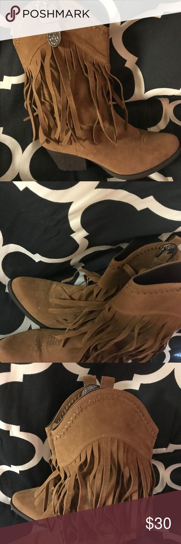Pierre Dumas Fringe cowboy boots size 7 Excellent condition! Only has been worn a few times! Pierre Dumas Shoes Heeled Boots
