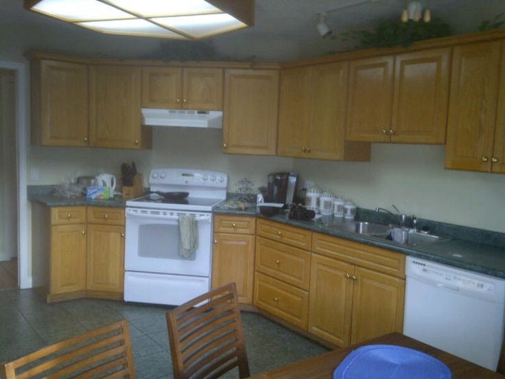 Ideas To Update Forest Green Countertops, Tile, Carpet And More